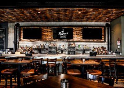 Fatpour Main Bar